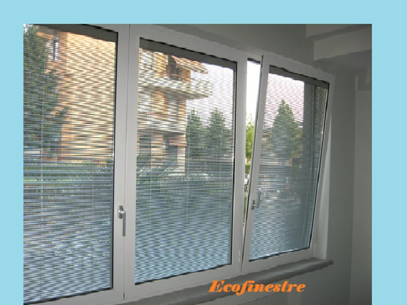 Novit finestre con veneziane incorporate ecofinestre for Sunbell veneziane interno vetro