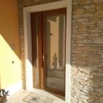 Porta d'ingresso in PVC effetto legno