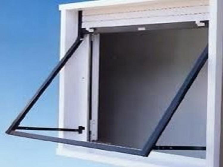 Apparati a sporgere ecofinestre serramenti e infissi in for Finestre pvc con tapparelle